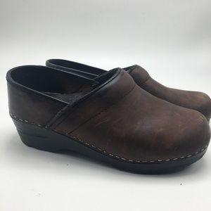 Dansko Women Clogs Brown Leather 1163